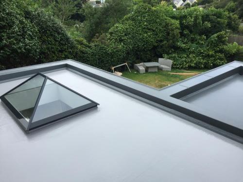 Fibreglass Flat Roofs - Pro Fibre In Cornwall